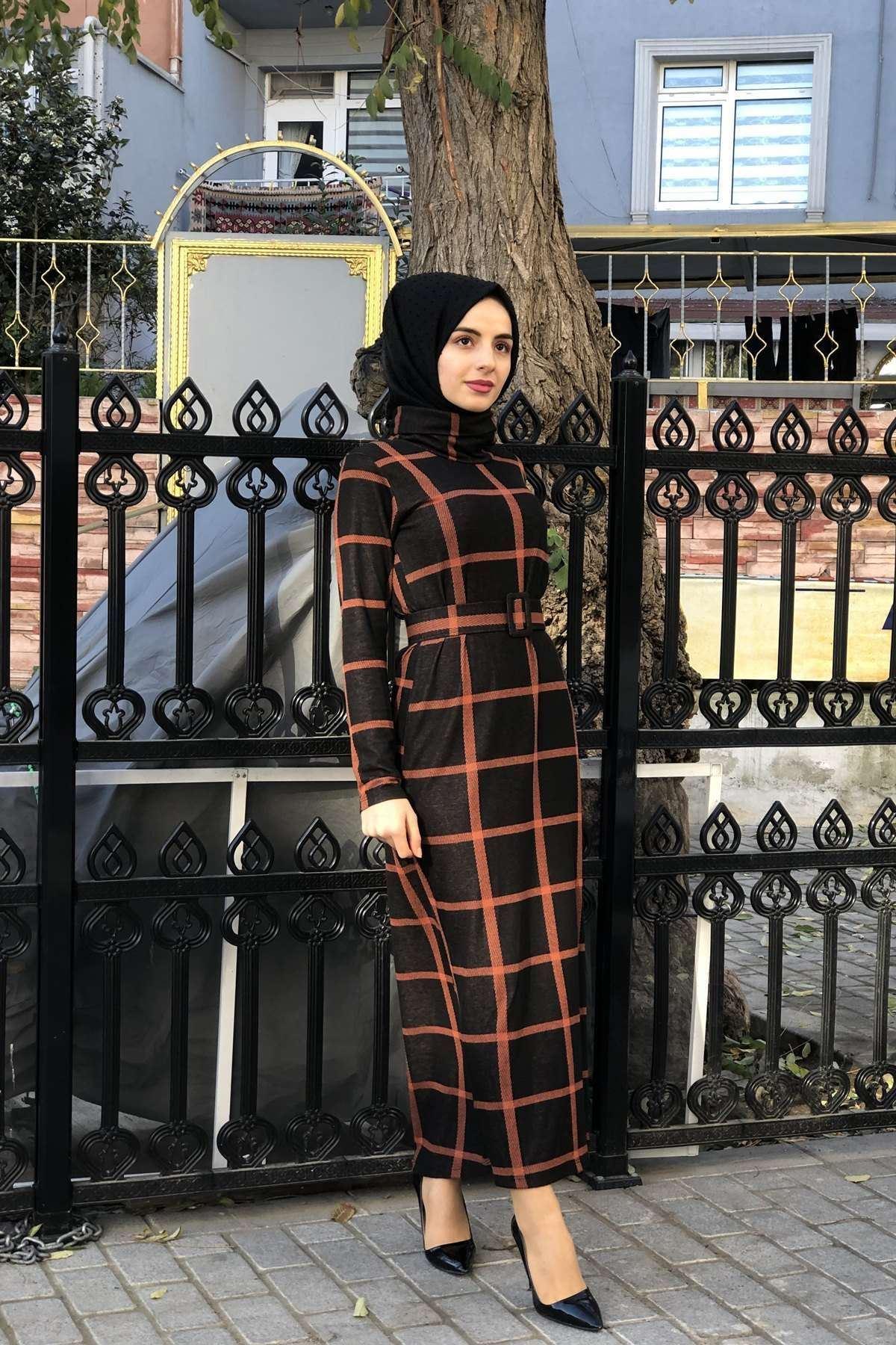 Kemerli Ekose Detay Elbise - KİREMİT