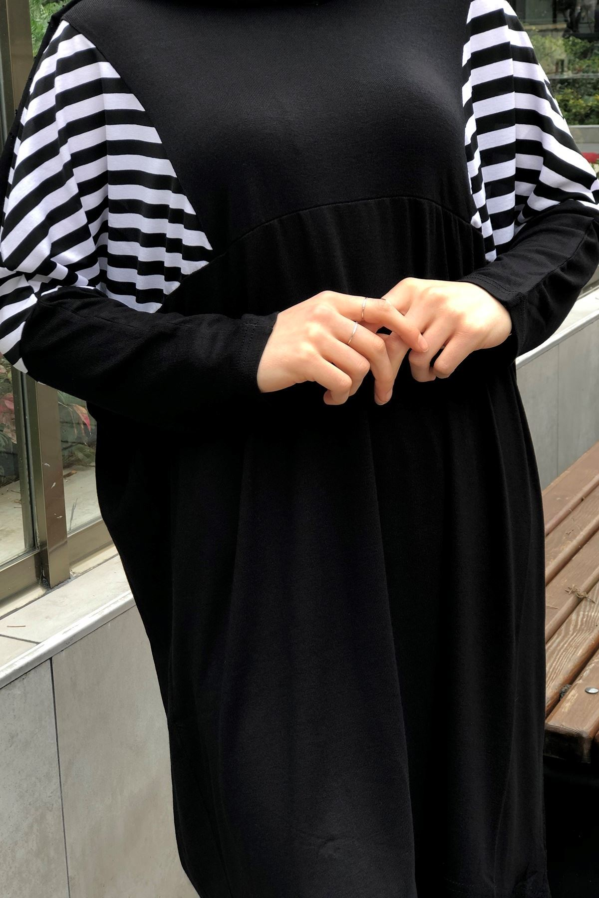 Omuz Çizgili Tunik - Siyah