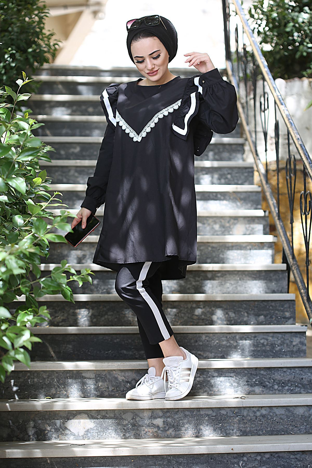 Ahenk Fırfır Detaylı Tunik Gömlek - Siyah