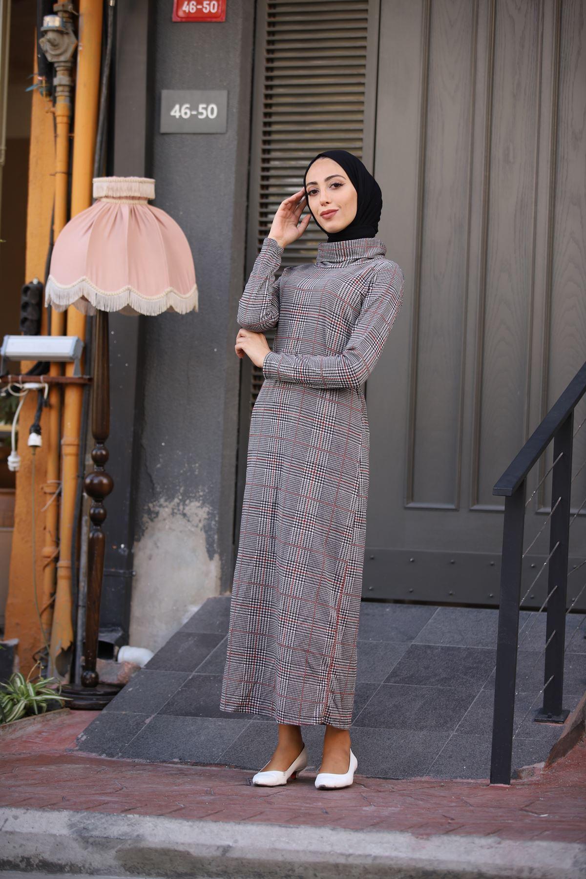 Kare Ekoseli Boğazlı Kemerli Elbise - Taba