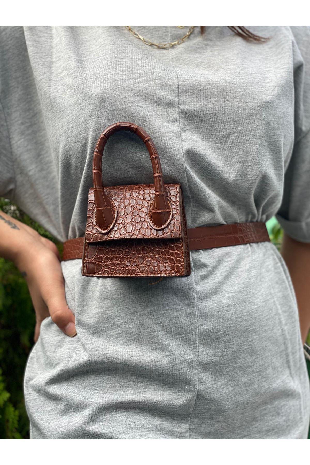 Mini Zincirli Kemerli Çanta - Kahverengi