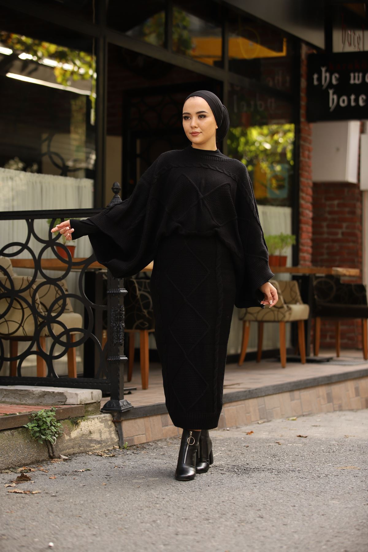 Kimono Kol Etekli Triko Takım - Siyah