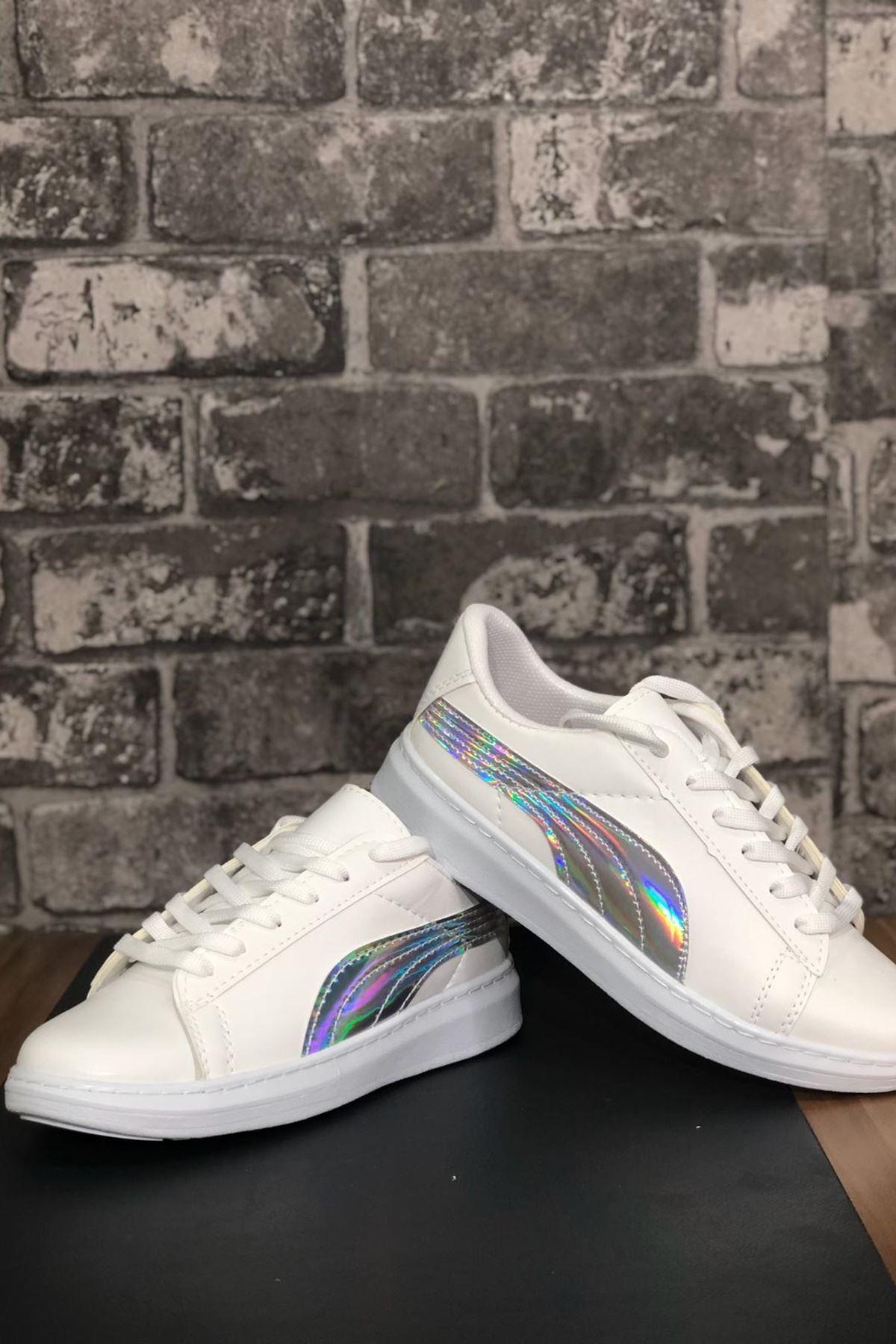 King Parlak Şeritli Spor Ayakkabı-Beyaz