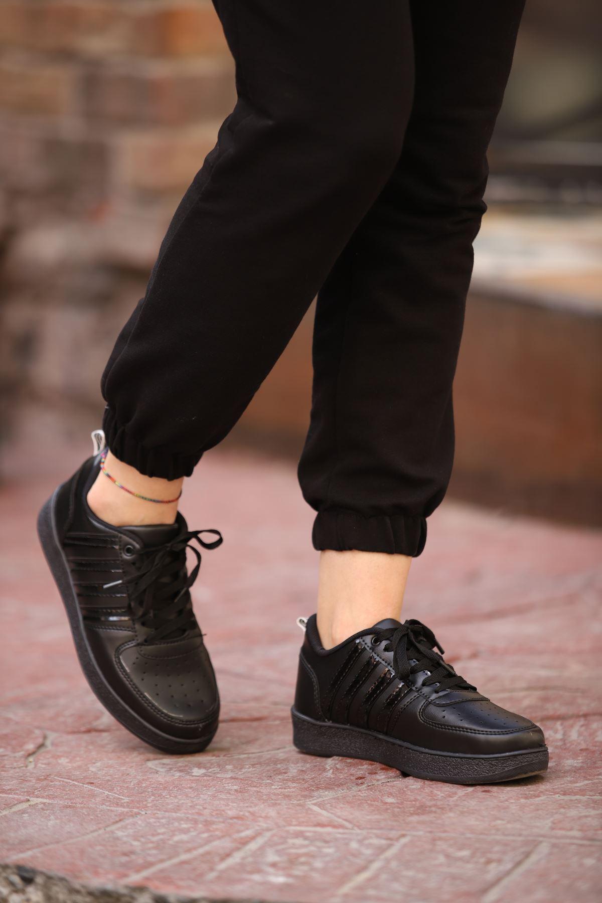Süperstar Çizgili Spor Ayakkabı - Siyah