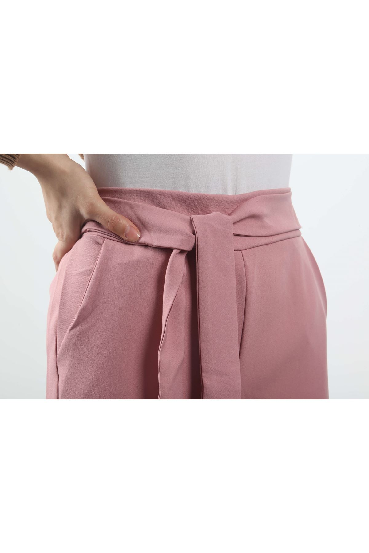 Beli Lastikli Bol Paça Pantolon - Pudra