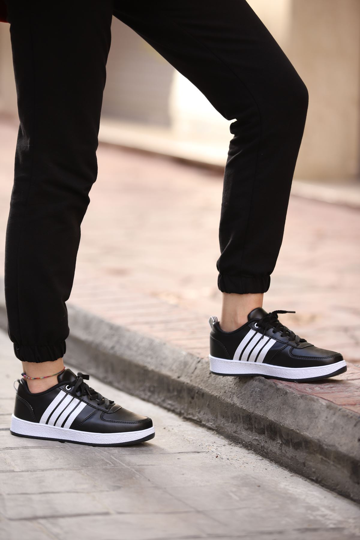 Platin Spor Ayakkabı - SİYAH